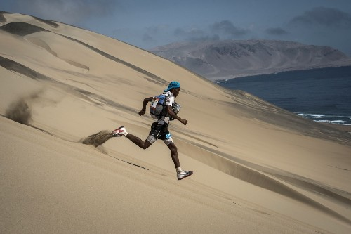 Marathon des Sables in the Peruvian Desert: Pictures
