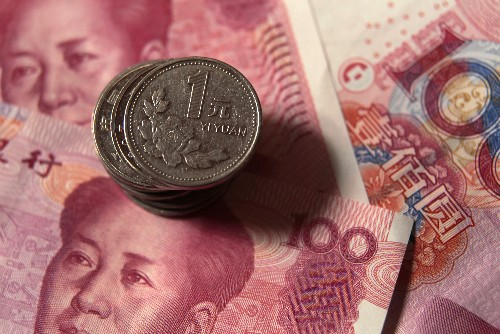 Fonti: Cina, calo yuan sotto 7/dlr ha avuto ok autorità