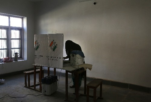 Voting begins in 3rd phase of India's national elections