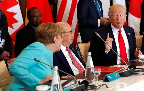 Merkel, minister stress U.S. ties after critical Trump tweet
