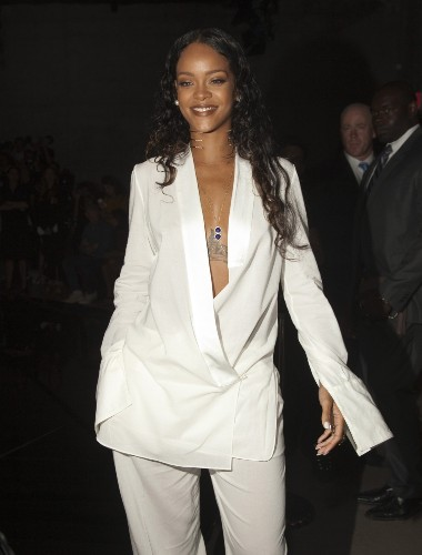 Celebrities Turn Out for Fashion Week