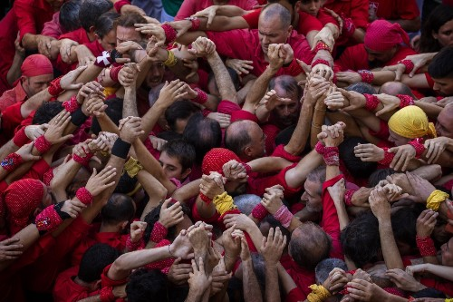 Human Towers in Barcelona: Pictures