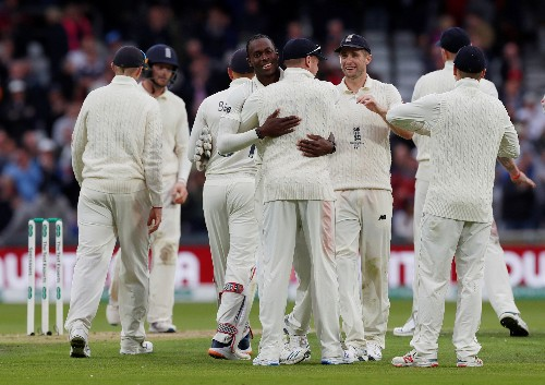Awesome Archer gives England advantage in third test