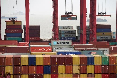 Trump won't soften hardline on China to make trade deal: advisers