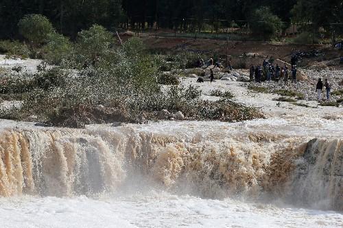 الحكومة: أمطار غزيرة وسيول تقتل 12 شخصا في الأردن
