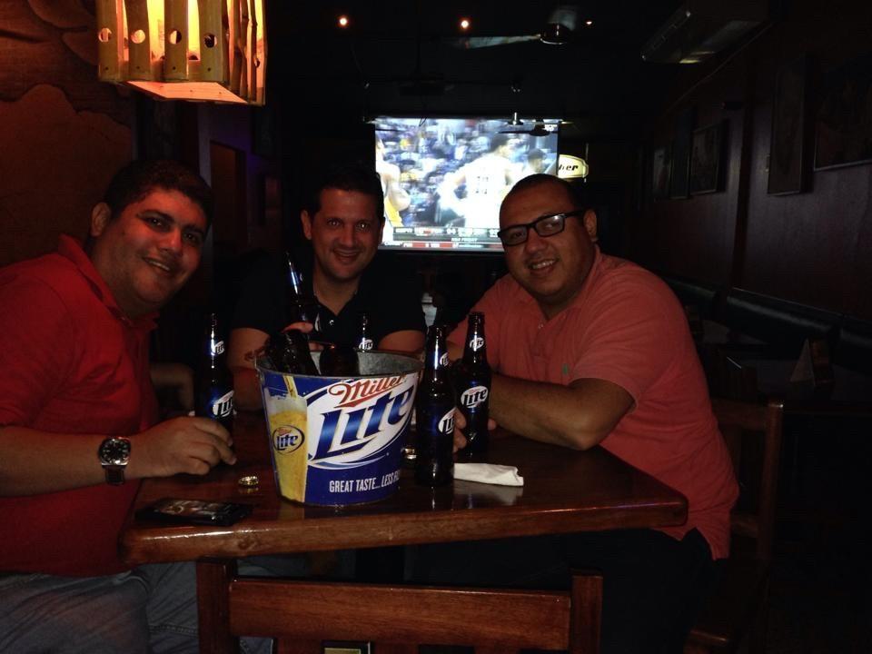 Con Álvaro y Melvin en Jardines Cafe en el 2014