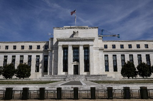 Fed proposes blueprint for bank-controlling companies
