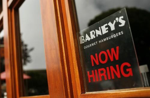 U.S. weekly jobless claims unchanged last week