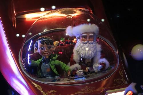 NYC Holiday Window Displays: Photos