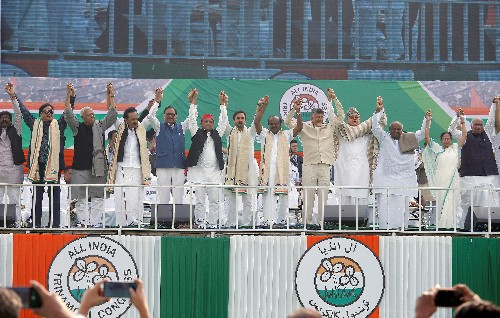 Opposition stages giant joint rally to oust Modi