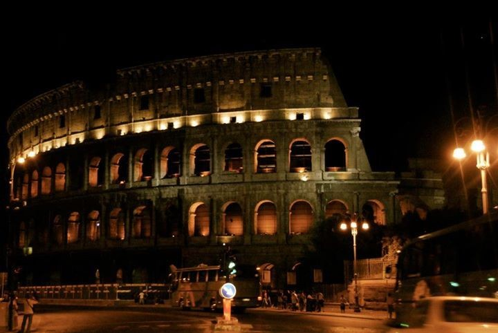 Colosseo: Rome Italy