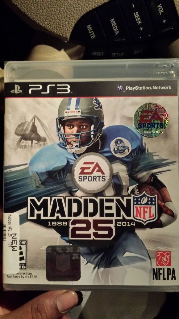 Dont even play madden.....but a nigga gone learn#JUSTCUZITZFOOTBALLSEASON