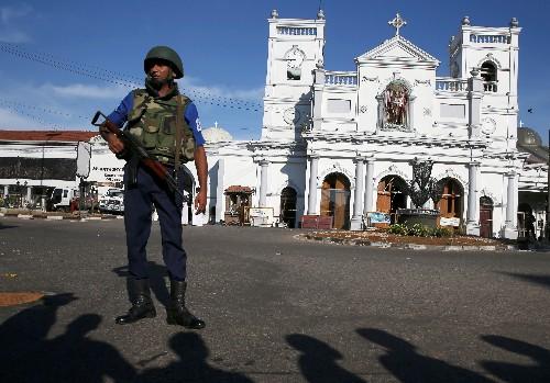 Число жертв взрывов в церквях и отелях Шри-Ланки на Пасху выросло до 290