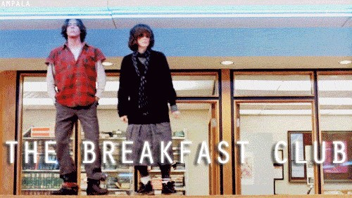 John Hughes movies are one of my absolute favorite movies. They bring such a 90's vibe into your life and really opens your mind to the high school reality.