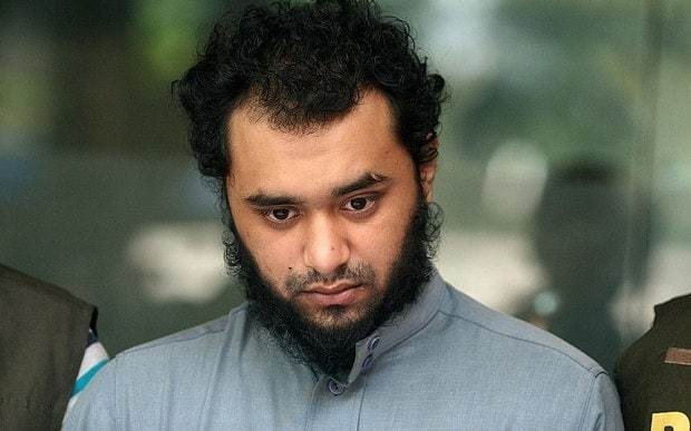 London cab controller arrested as 'Isil agent' in Bangladesh