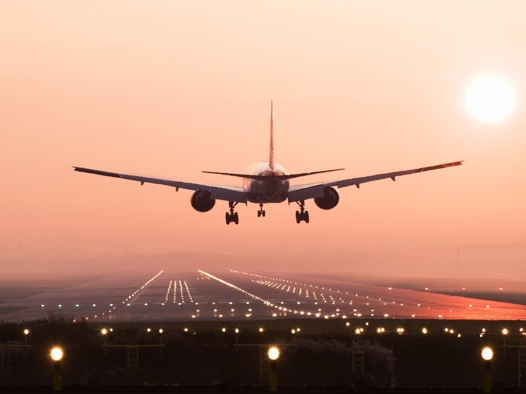 The Cheapest Day of the Week to Fly