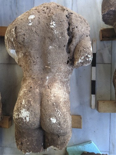 More ancient statues, graves unearthed in a Greek field