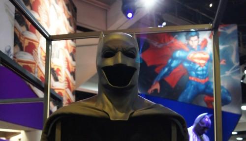 'Batman V Superman' Batsuit Revealed At Comic-Con