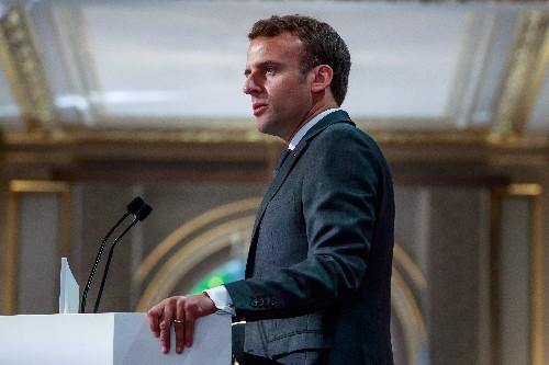 Macron reste impopulaire pour deux tiers des Français