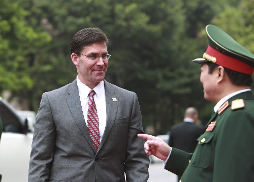 US defense chief ends Asia tour with same troubles, risks