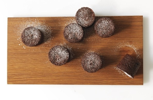 Your New Favorite (Easy!) Dessert Recipe: Chocolate Bouchons