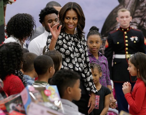 Michelle Obama Distributes Toys for Tots: Pictures