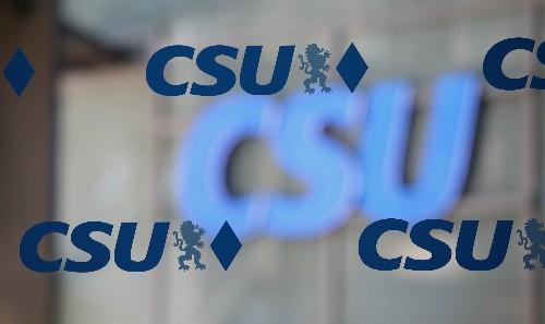 Größter CSU-Bezirk fordert nach Wahlschlappe Sonderparteitag