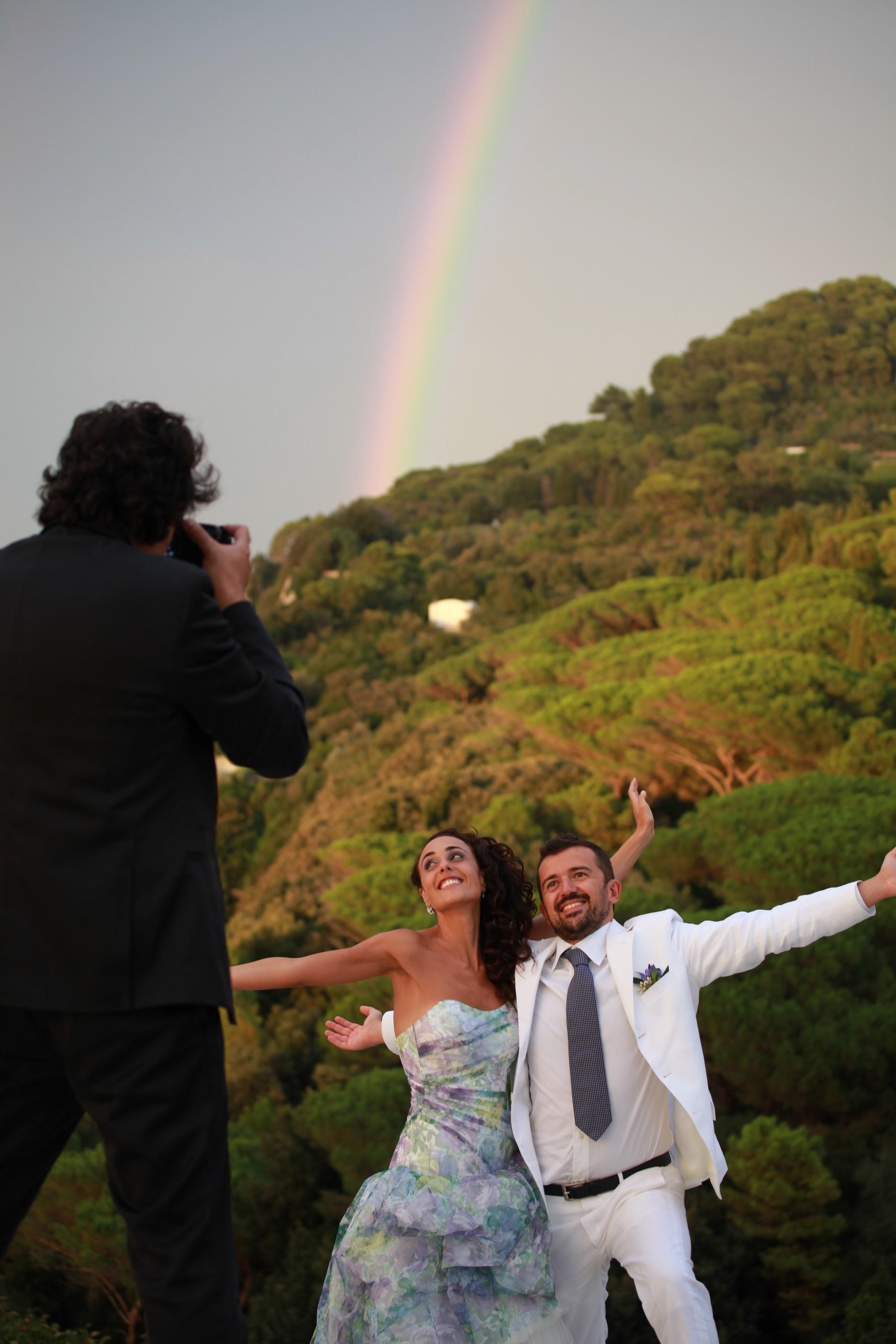 What about an unforgettable wedding in Villa Carolina Capri? info@villacarolinacapri.it