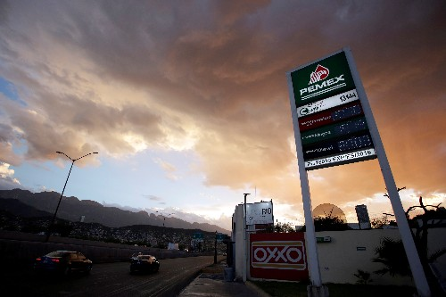 Exclusive: Pemex study details 'severe' air quality impact from Mexican refinery