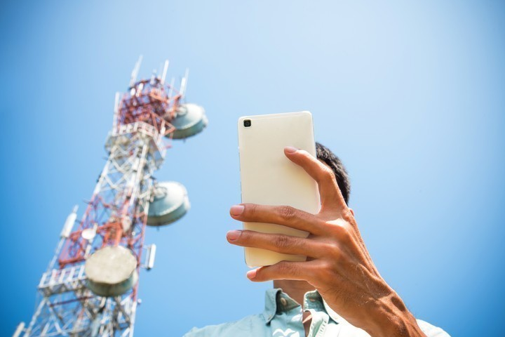 This Interview Was Conducted on an Anonymous, DIY Cell Phone Network