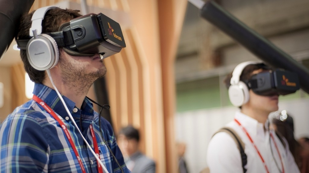 How to Pursue the Perfect Virtual Reality Experience