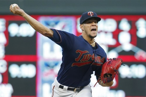 Berrios, Twins pull away, knock off White Sox