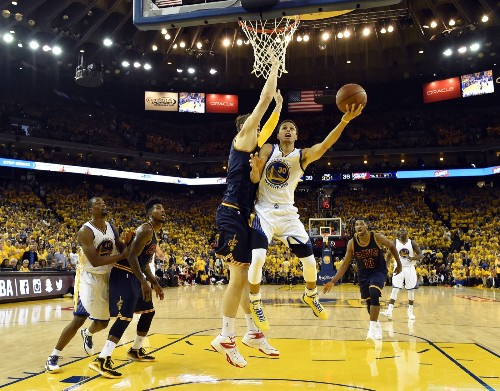 Warriors Edge Cavs in Game 1: Pictures
