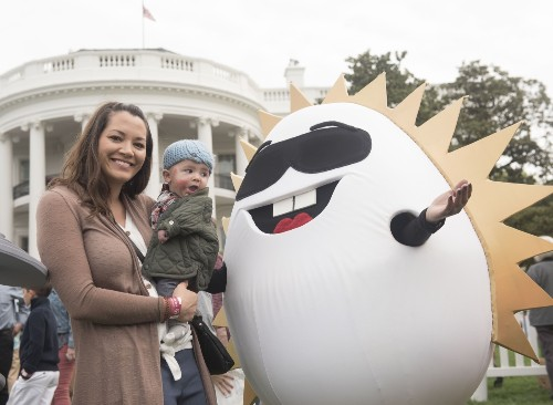 The Annual White House Easter Egg Roll: Pictures