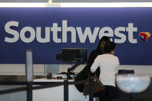 Southwest passengers get no damages for flights canceled by de-icer shortage: U.S. judge