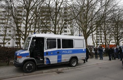 شرطة ألمانيا تفتش مواقع ذات صلة بمسجد زاره مهاجم سوق عيد الميلاد
