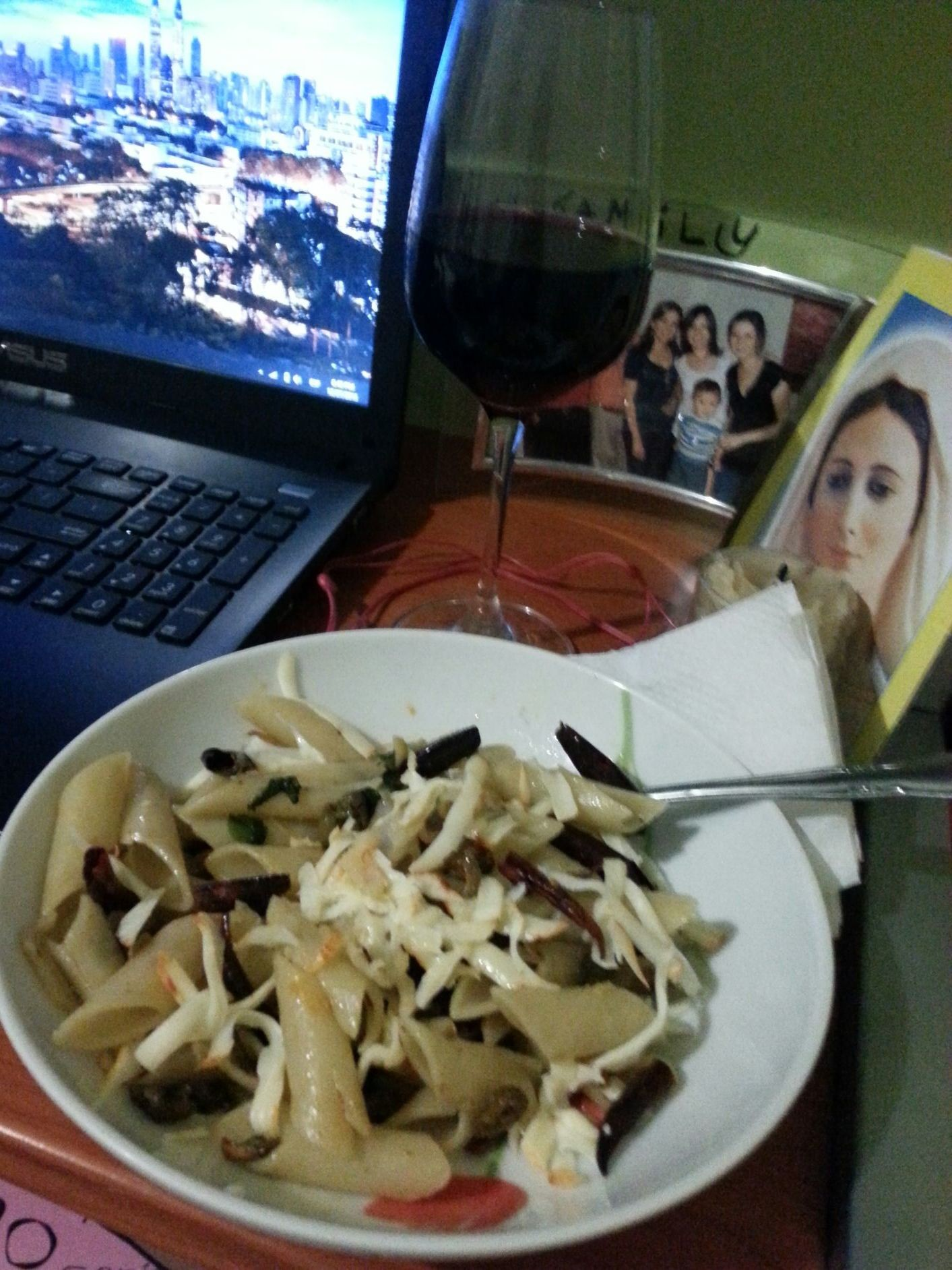 pasta with chili cheese garlic basil olives and olive oil bev merlot