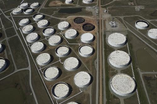 Inventarios crudo EEUU saltan 10,3 mln barriles en última semana: EIA