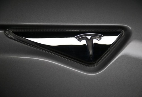 U.S. board to vote on likely cause of Tesla 'Autopilot' crash