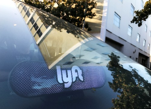 Exclusive: JPMorgan in talks to lead Lyft's IPO - sources