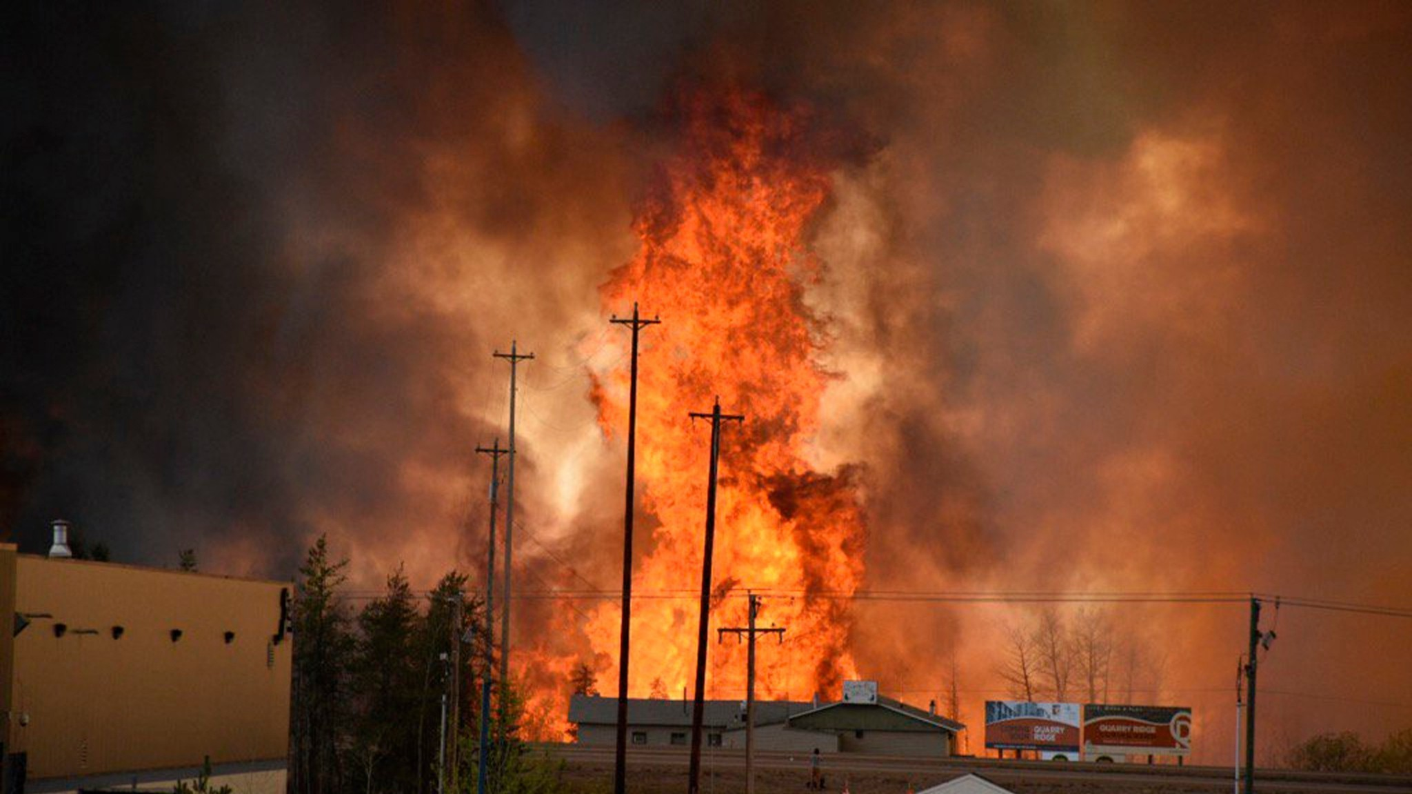 Alberta declares state of emergency as wildfire forces Fort McMurray evacuation