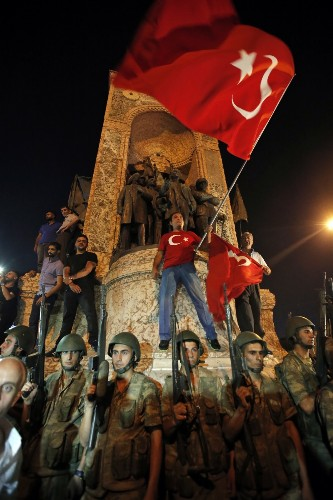 Bloody Attempted Coup in Turkey: Pictures
