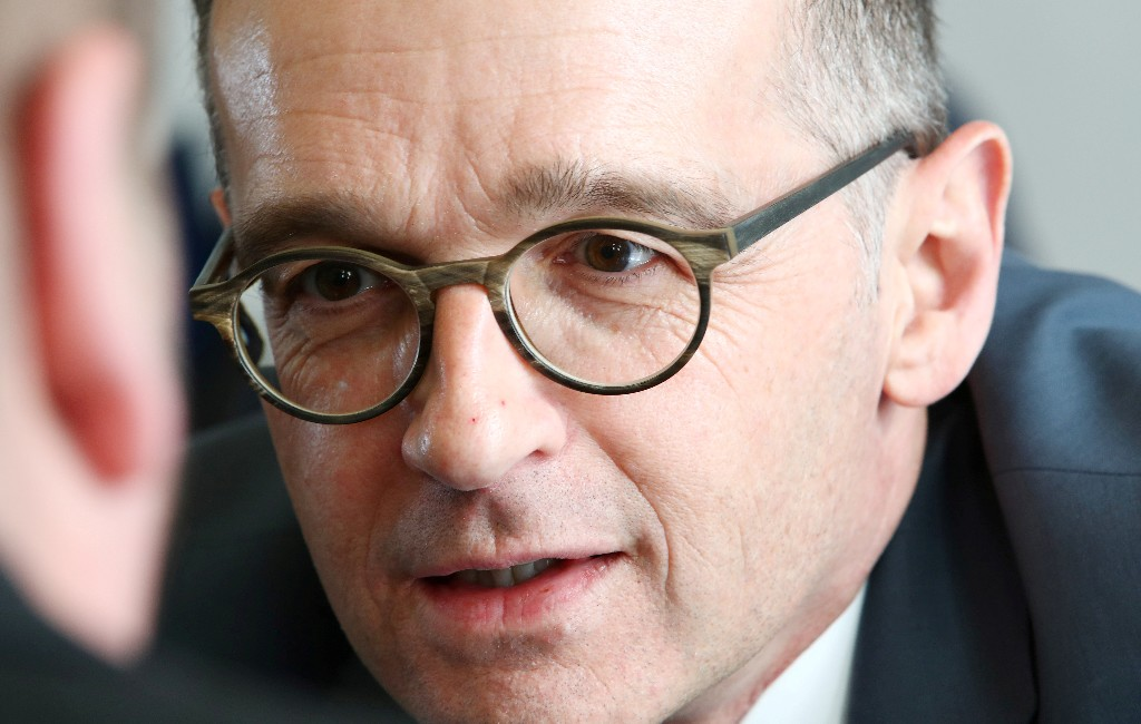 German minister criticises U.S. coronavirus response as too slow: Spiegel