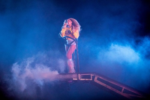 Beyonce With a Show to Remember at Coachella: Pictures