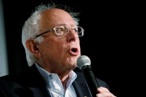 Corrected: 'Oh my God, is that Bernie Sanders?' Democrats swarm San Francisco