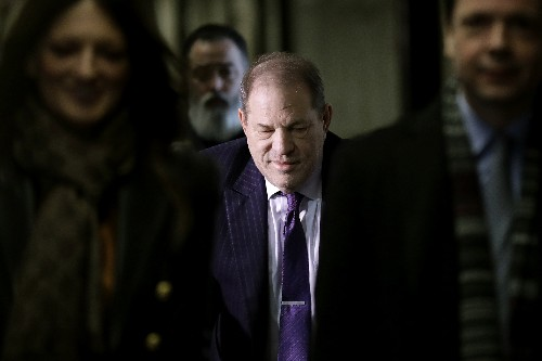Deliberating a 2nd day, Weinstein jury revisits '06 account