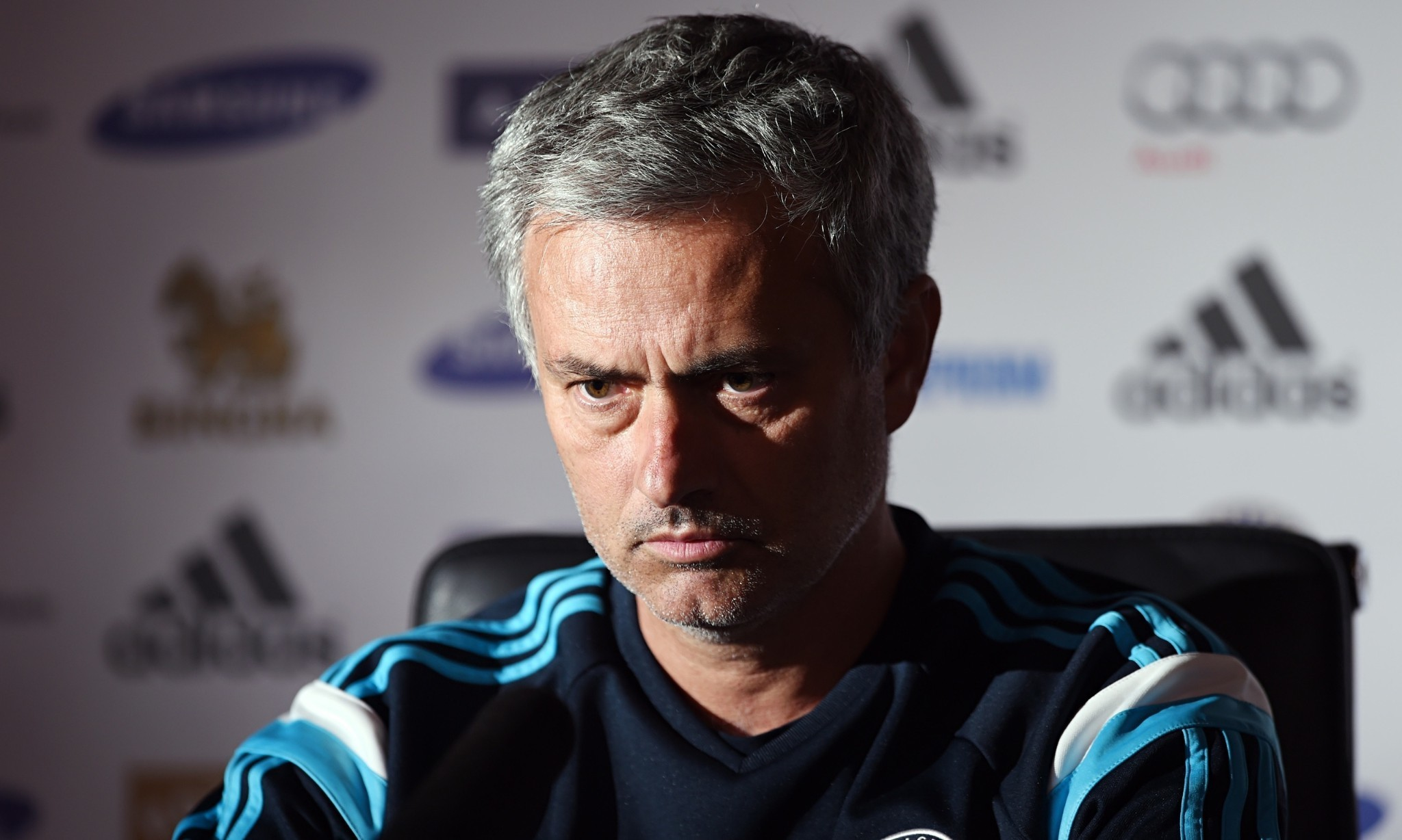 José Mourinho demands more from Chelsea as Manchester City loom