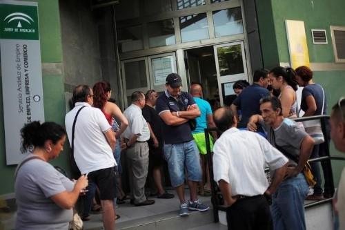 Sube el paro en España al 14,7 por ciento en el cuarto trimestre