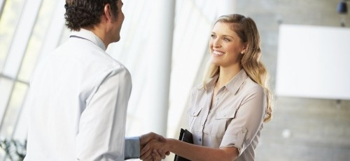 The 5 Things You Learn Within 3 Minutes of Meeting Someone New