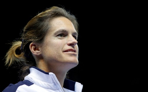 Mauresmo gives up France Davis Cup captaincy to coach Pouille